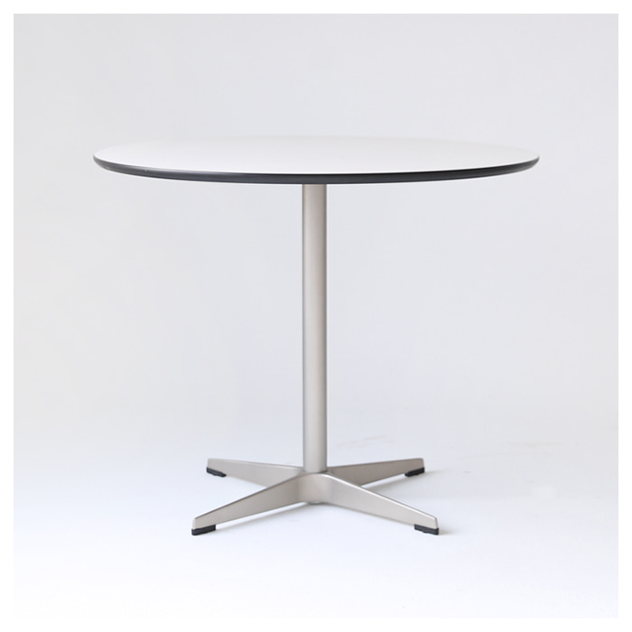 702X TABLE - BLACK EDGE -